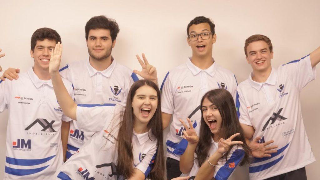 Alunos conquistam o pódio nacional da competição F1 nas Escolas e 'carimbam passaporte' para mundial na Austrália